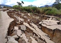 Quake toll exceeds 100 as relief trickles in