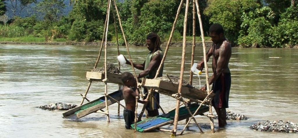 PNG to develop alluvial mining policy