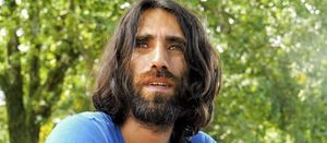 Refugee Behrouz Boochani leaves PNG for NZ