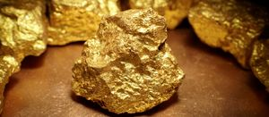 Gold stays as safe haven