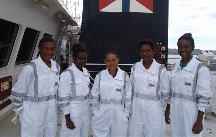 Young seafaring hopefuls win maritime cadetship