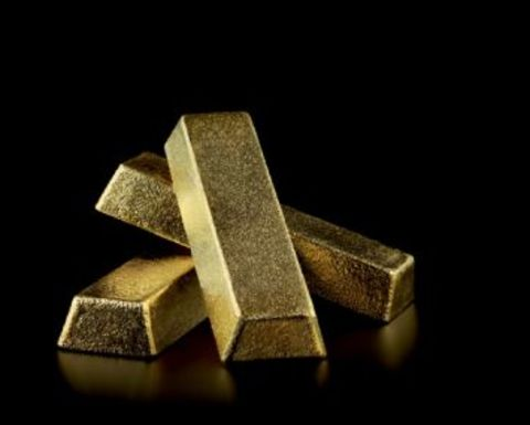Gold makes comeback as recession fears bite