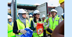 Malaysia rejects plastic waste